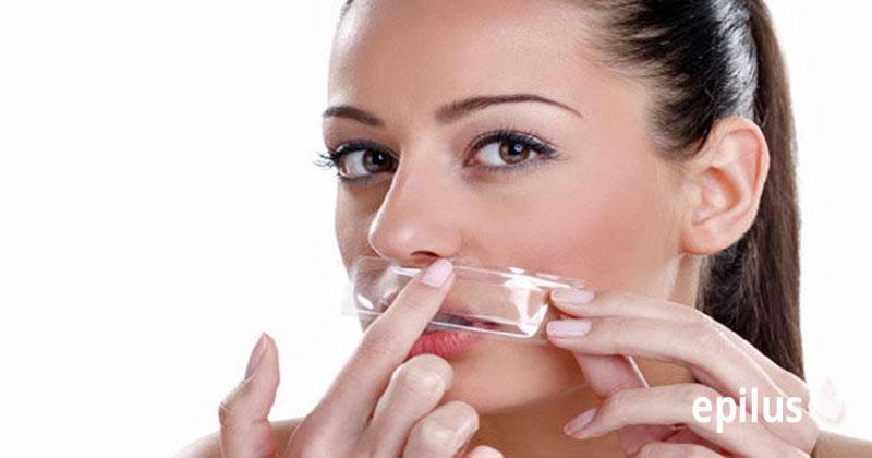 Депиляция воском верхней губы: успешно боремся с усиками 7-2
